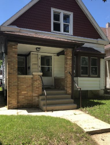 2247 S 29th St, Milwaukee, WI 53215 - Image 1