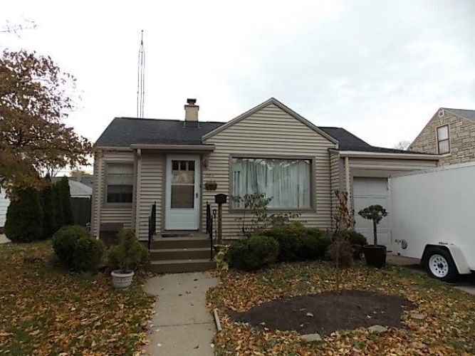 1004 Melvin ave, Racine, WI 53402 - Image 1