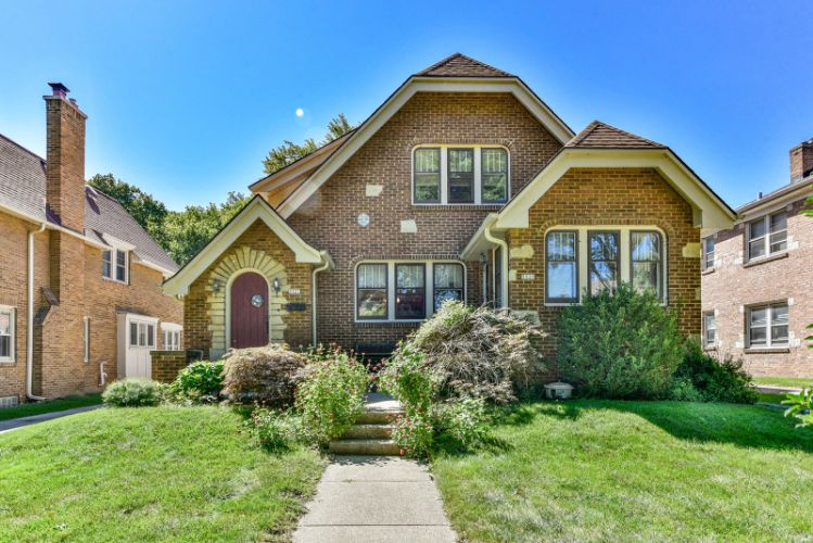 5927 W Wisconsin Ave, Wauwatosa, WI 53213 - Image 1