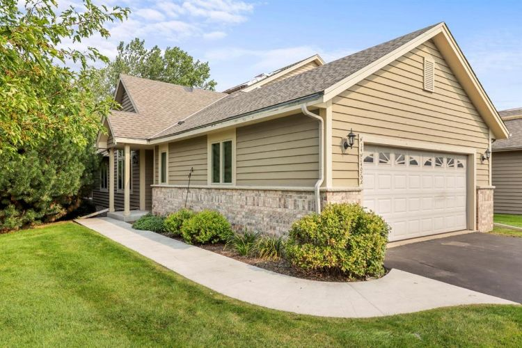 N24W24070 Saddle Brook Dr, Pewaukee, WI 53072 - Image 1