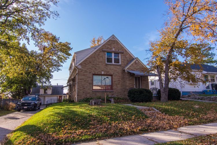 4859 S 7th St, Milwaukee, WI 53221 - Image 1