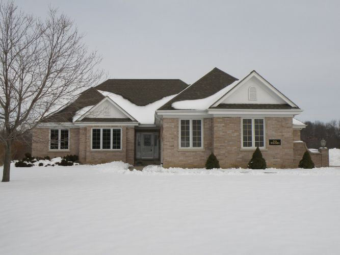 N36W22594 Long Valley Rd, Pewaukee, WI 53072 - Image 1