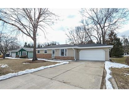 5649 Carriage Hills Dr , Racine, WI