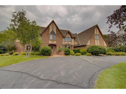 1395 Barrington Woods DR , Brookfield, WI