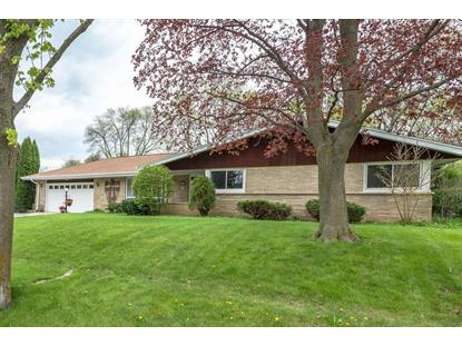 2838 N 118th ST , Wauwatosa, WI