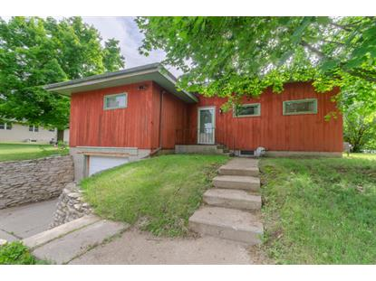 601 Highland Ave , Watertown, WI