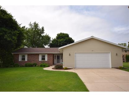 575 Sunset Dr , Hartford, WI