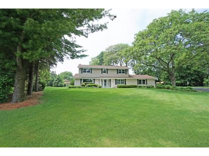 2565 Coach House Ct , Brookfield, WI