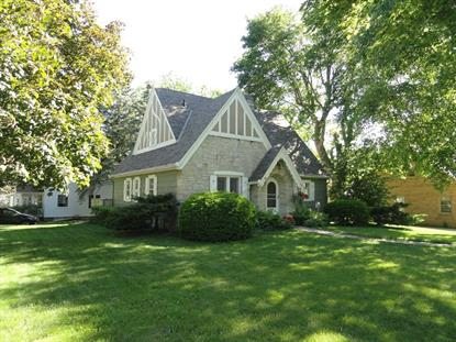 77 Highland Ave , Hartford, WI