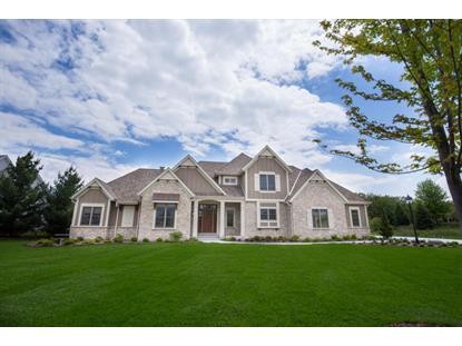 1850 Carriage Hills Dr , Delafield, WI