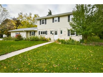 526 W Jefferson St , Port Washington, WI