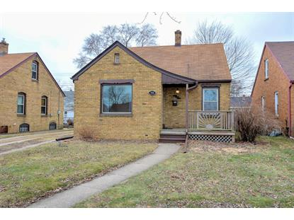 7818 14th Ave  Kenosha, WI MLS# 1619182