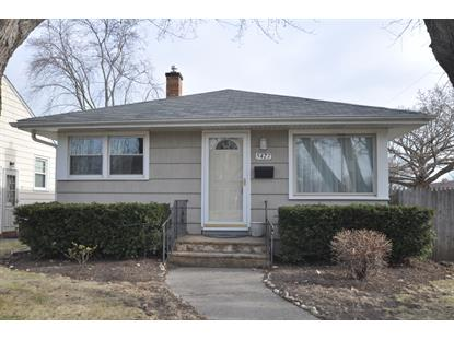 5427 32nd Ave  Kenosha, WI MLS# 1619196