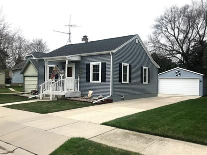734 S 28th St  Manitowoc, WI MLS# 1634640