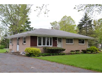 3933 S Elm Dr  New Berlin, WI MLS# 1635385