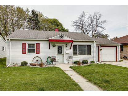 1427 N 10th Ave  West Bend, WI MLS# 1637825