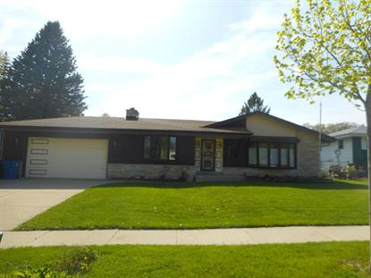 7505 S Highfield Ct  Oak Creek, WI MLS# 1639459