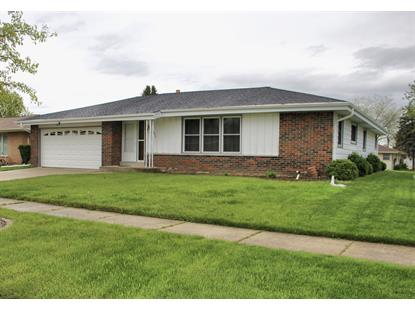 2071 E Birch Dr  Oak Creek, WI MLS# 1639835