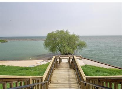 3862 S Lake Dr  Saint Francis, WI MLS# 1641618