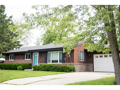 190 S Colonial Pkwy  Saukville, WI MLS# 1642682