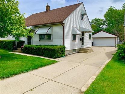 4612 S Kansas Ave  Saint Francis, WI MLS# 1642847