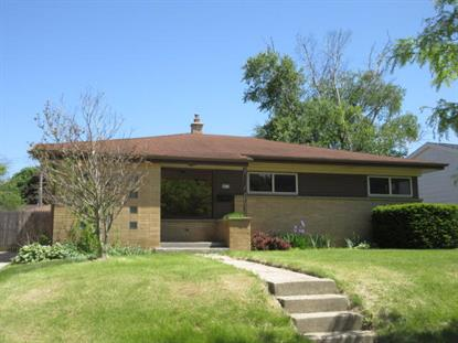8833 W Arden Pl  Milwaukee, WI MLS# 1643023