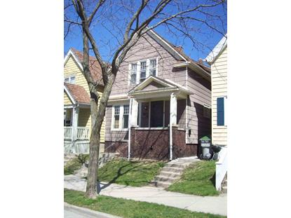 1804 N Astor St  Milwaukee, WI MLS# 1643636