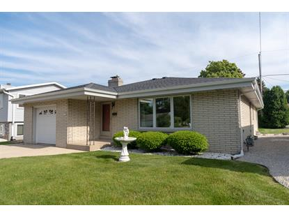 1917 E Van Beck Ave  Saint Francis, WI MLS# 1644252