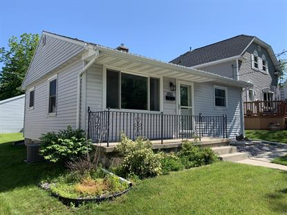 1022 New York Ave  Manitowoc, WI MLS# 1644767