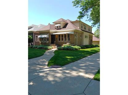 4077 N 15th St  Milwaukee, WI MLS# 1645766