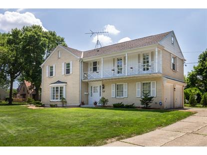 7407 Grand PKWY  Wauwatosa, WI MLS# 1647578