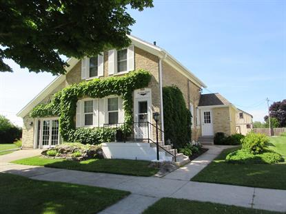 1716 ILLINOIS AVE  Sheboygan, WI MLS# 1648726