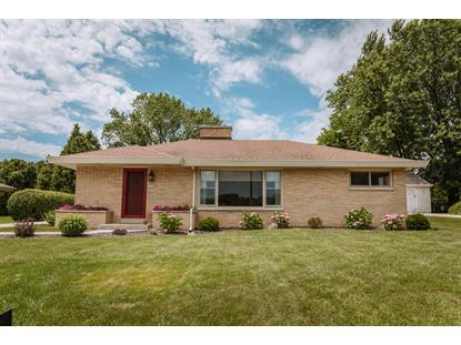 2225 N 122nd St  Wauwatosa, WI MLS# 1648869