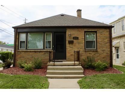 2723 N 75th  Wauwatosa, WI MLS# 1653964