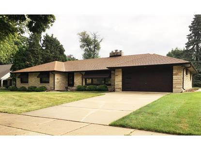 826 N 75th St  Wauwatosa, WI MLS# 1654633