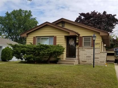 6900 N 40th Pl  Milwaukee, WI MLS# 1657092