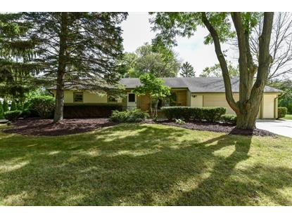 10212 N Sunnycrest Dr  Mequon, WI MLS# 1657332