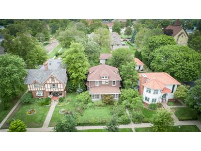 927 W Main St  Lake Geneva, WI MLS# 1659367