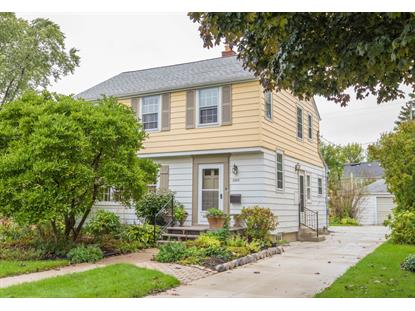 2444 N 89th St  Wauwatosa, WI MLS# 1661602