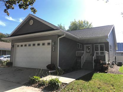 504 Johnson St  La Crosse, WI MLS# 1663857