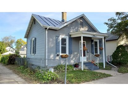1107 11TH ST S  La Crosse, WI MLS# 1664087