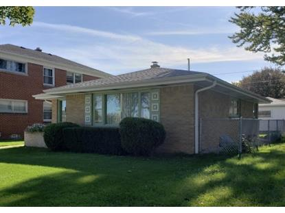 3117 W Lakefield Dr  Milwaukee, WI MLS# 1664400
