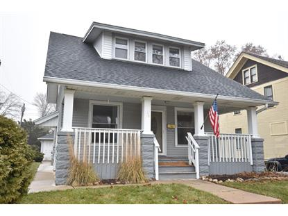 38 W Washington Ave  Milwaukee, WI MLS# 1670155