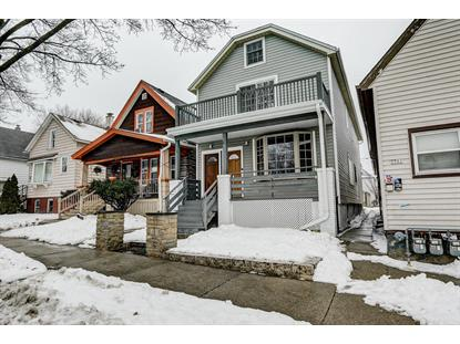 1905 S 9th St  Milwaukee, WI MLS# 1674554
