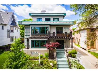 3243 N Summit Ave  Milwaukee, WI MLS# 1678018