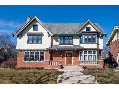 2808 E Kenwood Blvd  Milwaukee, WI MLS# 1687271