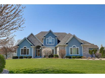 13255 W Winterberry Way  New Berlin, WI MLS# 1689067