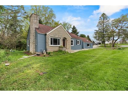 5465 S Martin Rd  New Berlin, WI MLS# 1689918