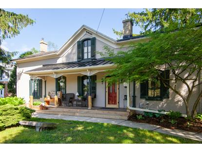 W61N439 Washington Ave  Cedarburg, WI MLS# 1690453