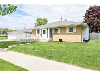 5400 W Plainfield Ave  Milwaukee, WI MLS# 1691481